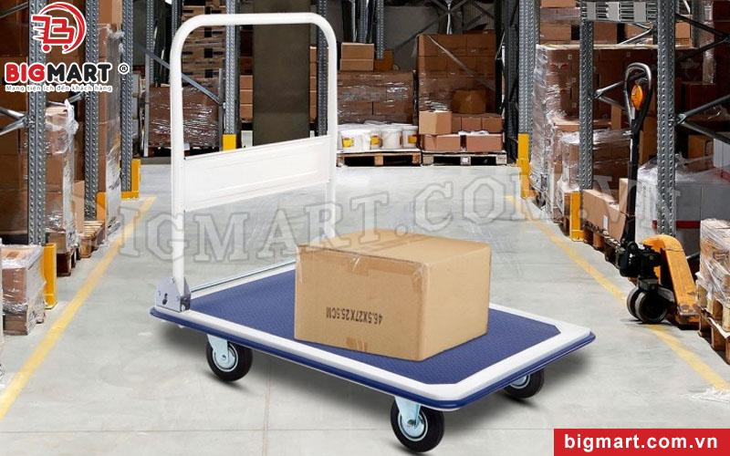 Xe đẩy hàng 4 bánh - công cụ hỗ trợ vận chuyển hàng hóa chuyên nghiệp